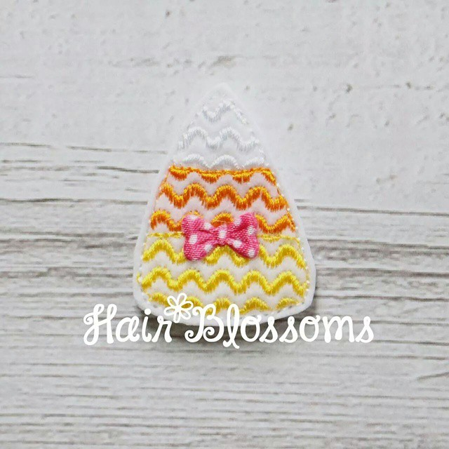 New Candy Corn Clippie available on our website! www.HairBlossoms.com  #HairBlossoms